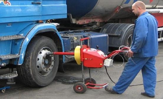 Выездной грузовой шиномонтаж